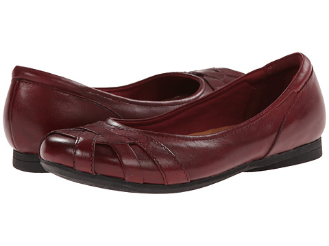 Cobb Hill - Eva (Red) Women's Flat Shoes