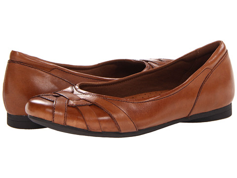 Cobb Hill - Eva (Almond) Women's Flat Shoes
