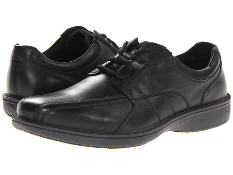 Clarks - Wader Run (Black Leather) Men's Shoes