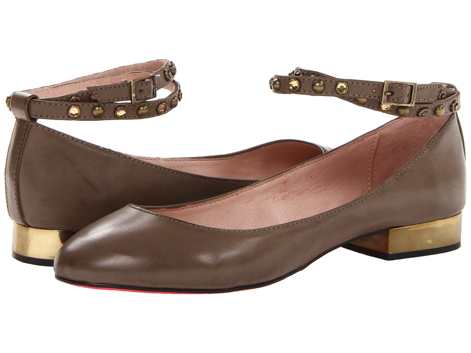 Betsey Johnson - Caddy (Taupe) Women's Flat Shoes