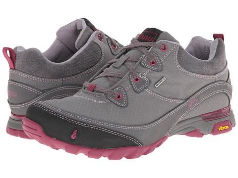 Ahnu - Sugarpine (Dark Gray) Women's Hiking Boots