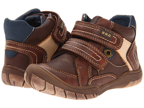 Beeko - Steven II (Toddler) (Brown) Boys Shoes