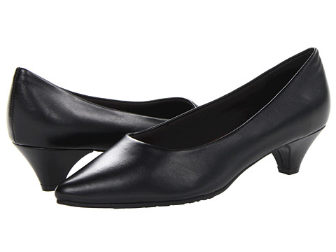 Soft Style - Alesia (Black Vitello) Women's 1-2 inch heel Shoes