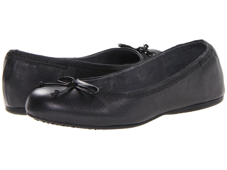SoftWalk Narina (Black Pearlized Leather) Women