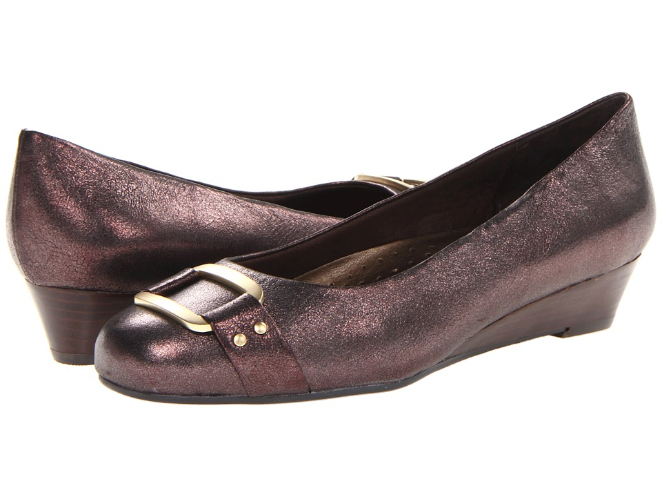 Trotters - Laurel (Dark Brown Distressed Metallic Leather) Women