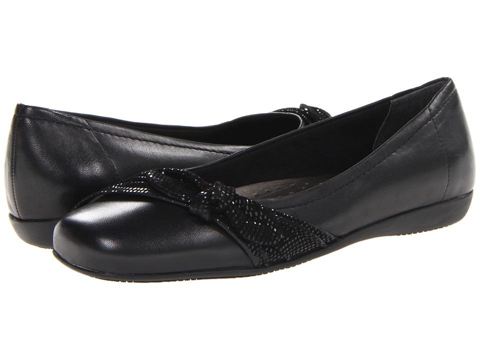 Trotters - Suki (Black Burnished Soft Kid/Mini Dot Suede Leather) Women