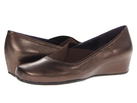 Vaneli - Marise (Castagna Pearl Nappa/Matching Elastic) Women's Shoes
