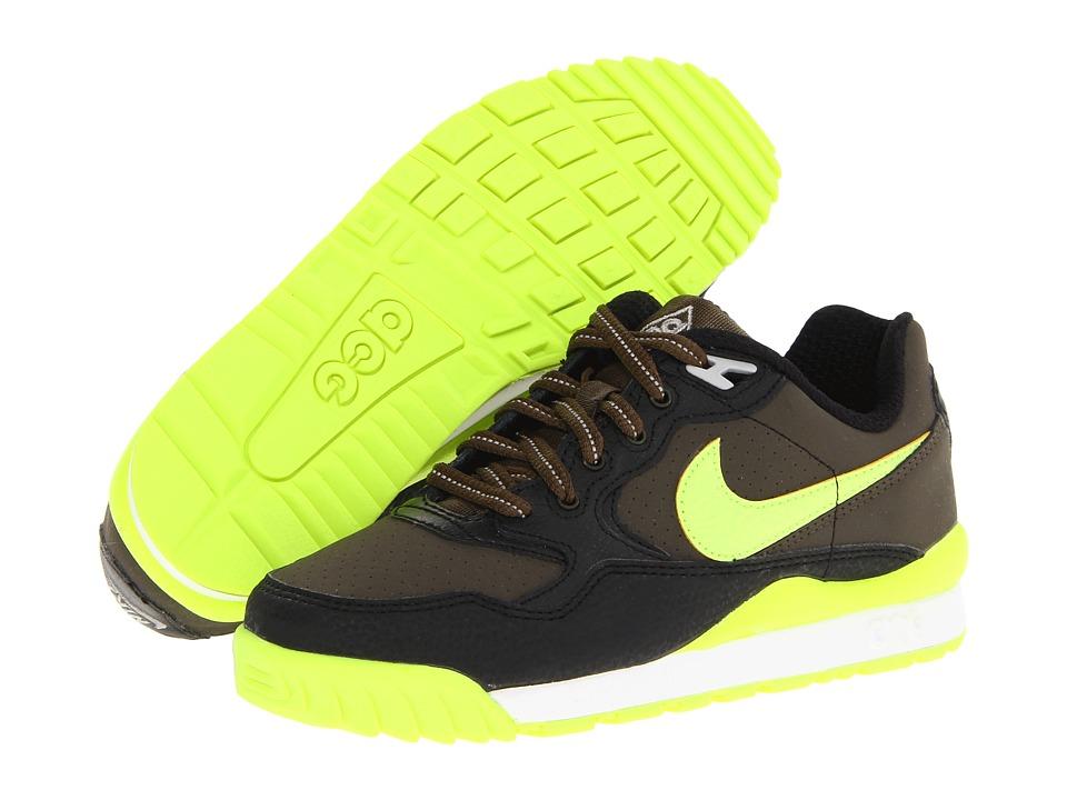 Nike Kids Wildwood Boys Shoes (Brown)