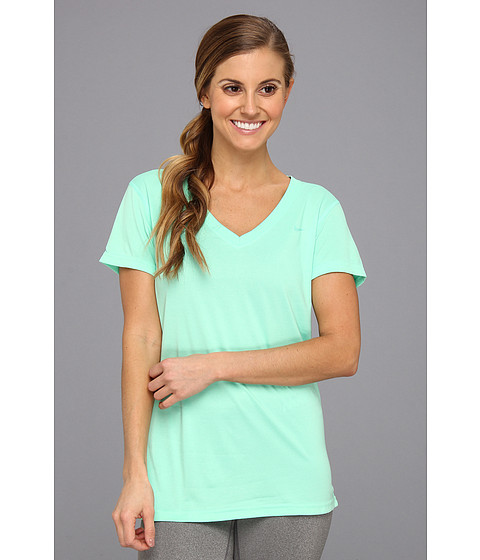 Nike - Regular Legend Short-Sleeve V-Neck (Green Glow/Green Glow) Women's Short Sleeve Pullover