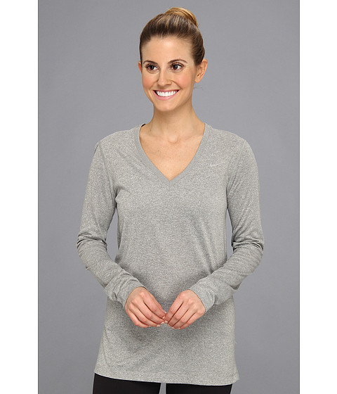 Nike - Regular Long-Sleeve Legend Tee V-Neck (Dark Grey Heather/Medium Grey) Women's Long Sleeve Pullover