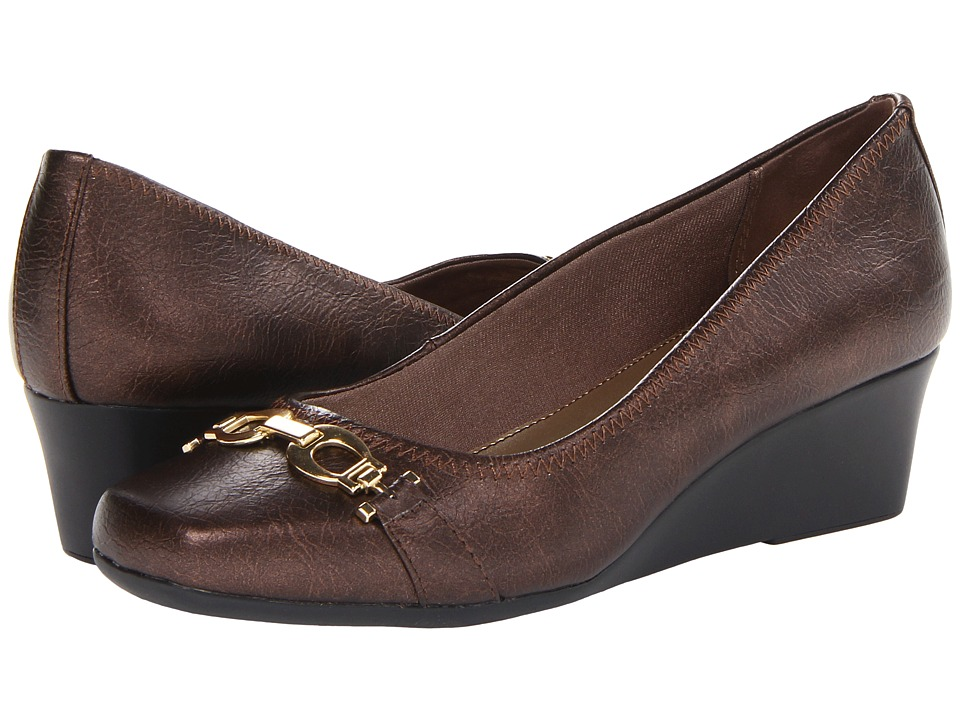 LifeStride - Galso (Bronze) Women's Wedge Shoes