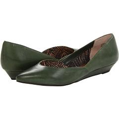 Seychelles Skip A Beat (Army Green) Women's Flat Shoes
