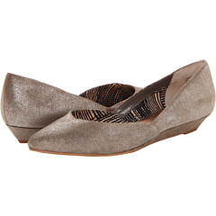 Seychelles Skip A Beat (Silver Metallic Suede) Women's Flat Shoes