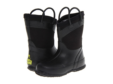 Western Chief Kids - Tire Tread Rainboot (Toddler/Little Kid/Big Kid) (Black) Boys Shoes