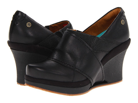 MOZO - Divine (Black) Women's Wedge Shoes
