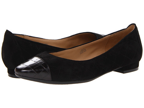 Isaac Mizrahi New York - Marya (Black Suede/Black Patent) Women's 1-2 inch heel Shoes