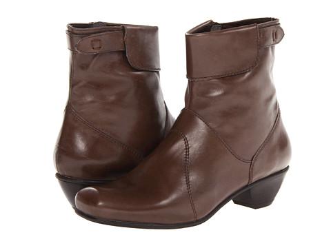Fidji - L186 (Beige) Women's Boots