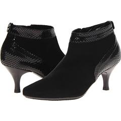 Aquatalia by Marvin K. Max (Black Suede Biscia) Footwear