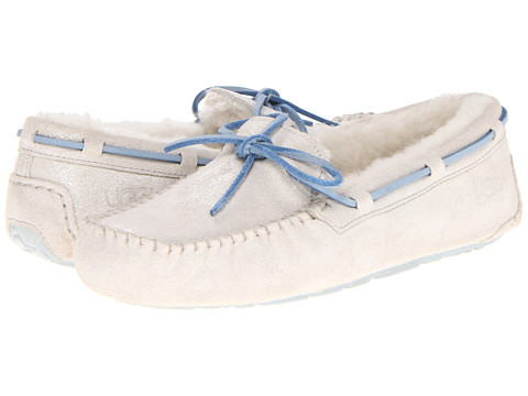 UGG - Dakota I Do! (White) Women's Slip on Shoes
