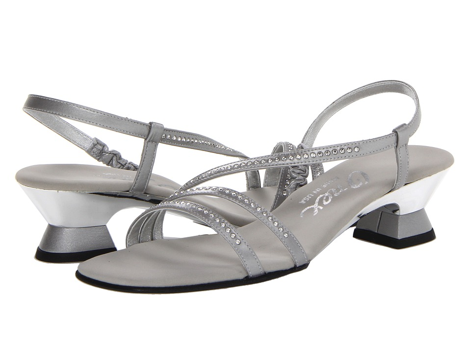 Onex - Evening (Matte Silver) Women's Dress Sandals