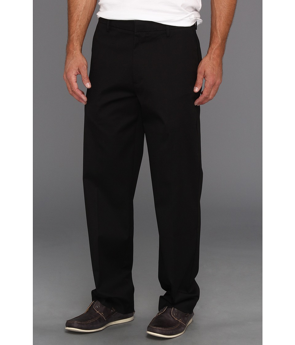 Dockers Men's - New Iron Free Khaki D3 Classic Fit Flat Front (Black Metal) Men's Casual Pants
