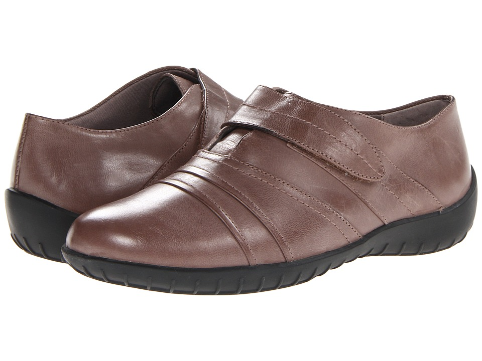 Walking Cradles Cone (Taupe Waxy Soft Leather) Women