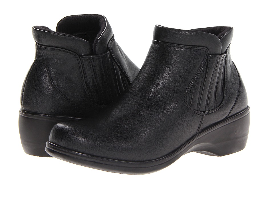 Easy Street - Denver (Black) Women's Shoes