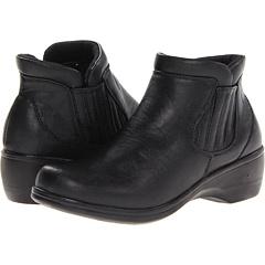 Easy Street Denver (Black) Footwear