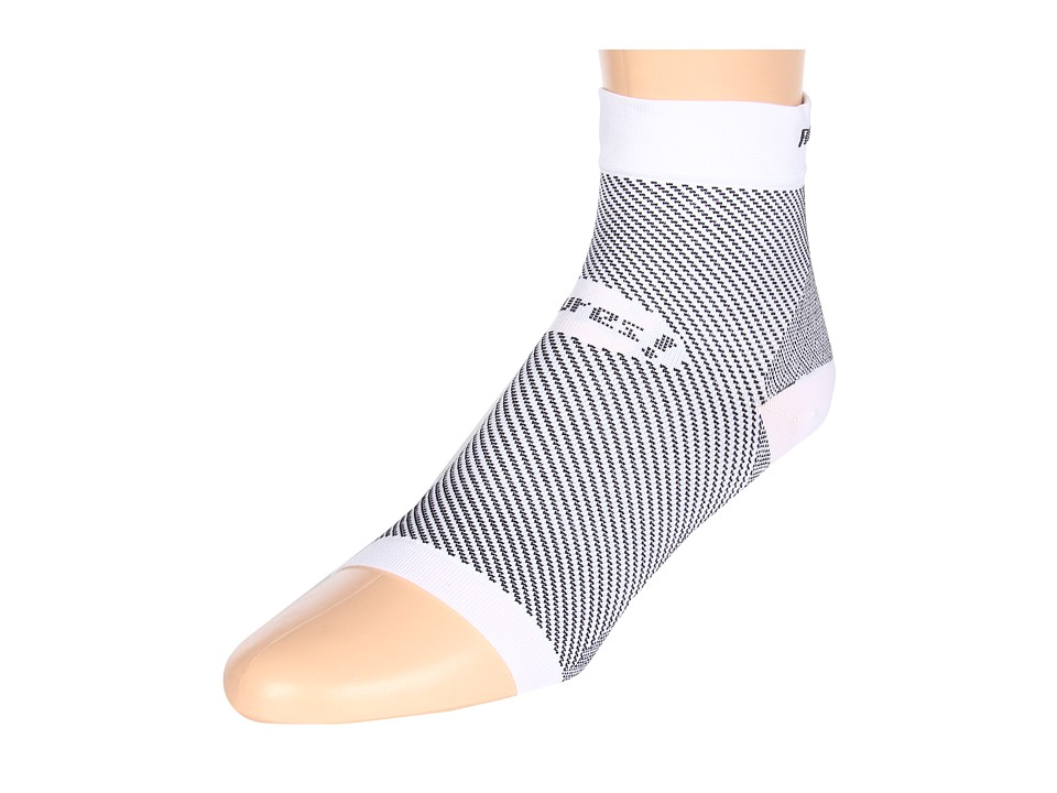 Feetures - Feetures! PF Sleeve Pair (White) Quarter Length Socks Shoes