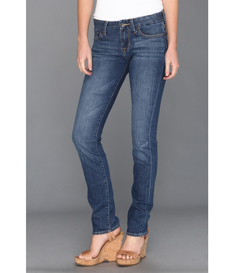 Jeans. A quintessentially casual piece, jeans are a staple item for every wardrobe. Find a great selection of women's jeans in traditional cuts and contemporary styles in a wide range of sizes.