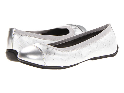 FootMates - Lynne (Little Kid/Big Kid) (Silver Woven) Girls Shoes