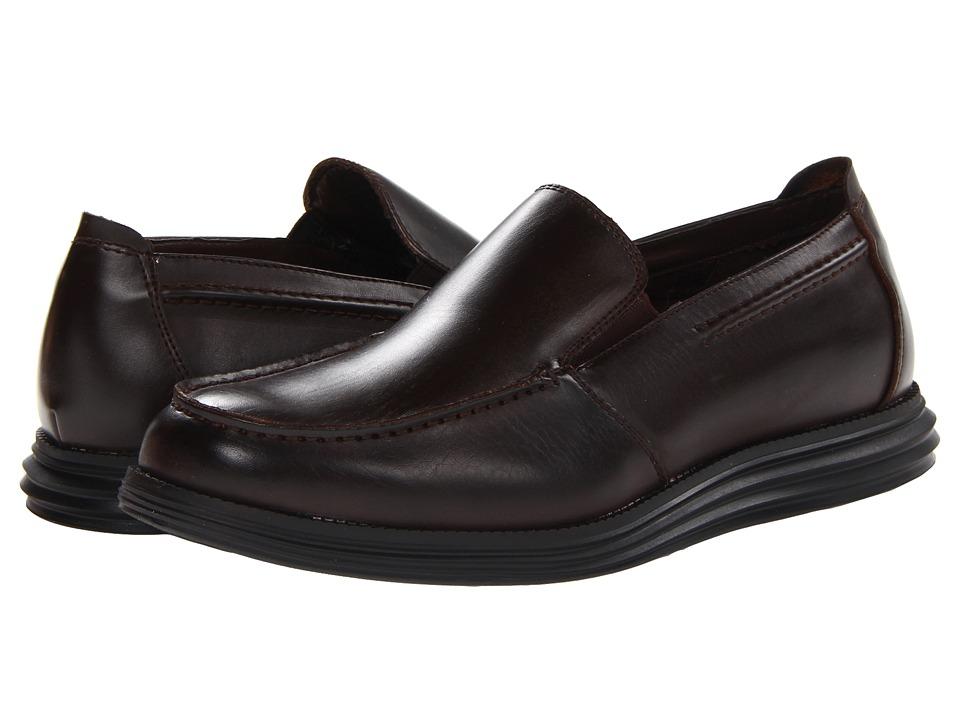 Deer Stags Andrew Mens Slip on Shoes (Brown)