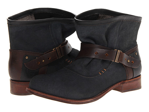 Caterpillar Casual - Rita (Black with Sienna Strap) Women