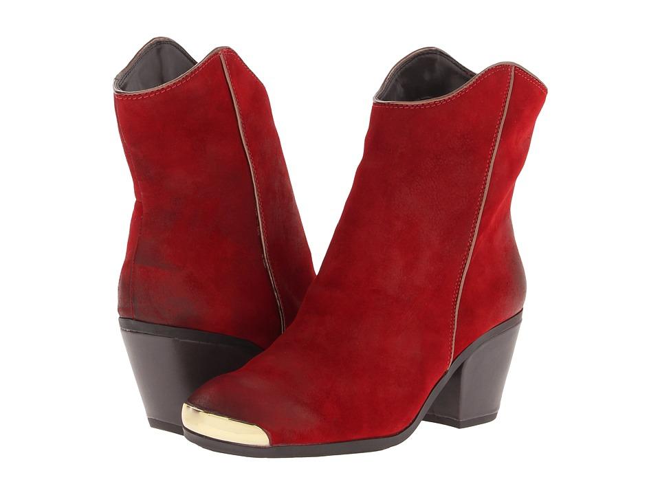 Fergie - Chambers (Red) Women