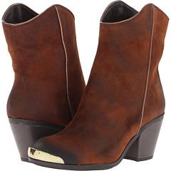 Fergie Chambers (Tan) Footwear