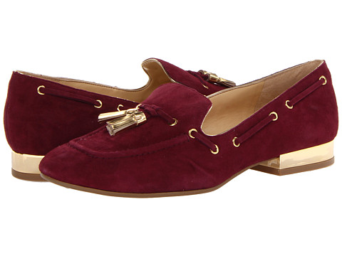Ivanka Trump - Nandy (Rich Berry/Rich Berry/Oro) Women's Slip on Shoes