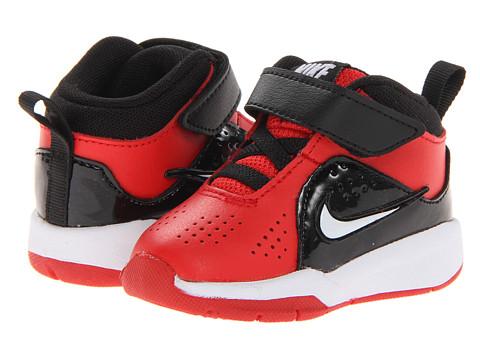 Nike Kids - Team Hustle D 6 (Infant/Toddler) (University Red/White) Boys Shoes