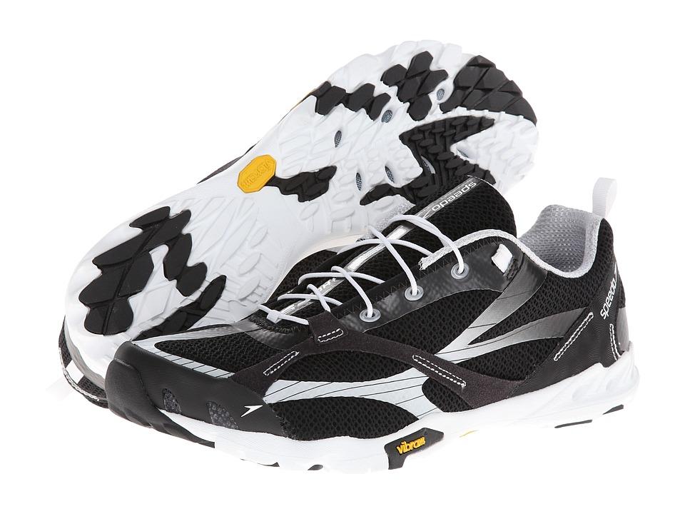 Speedo - FST (Black/White) Men's Shoes