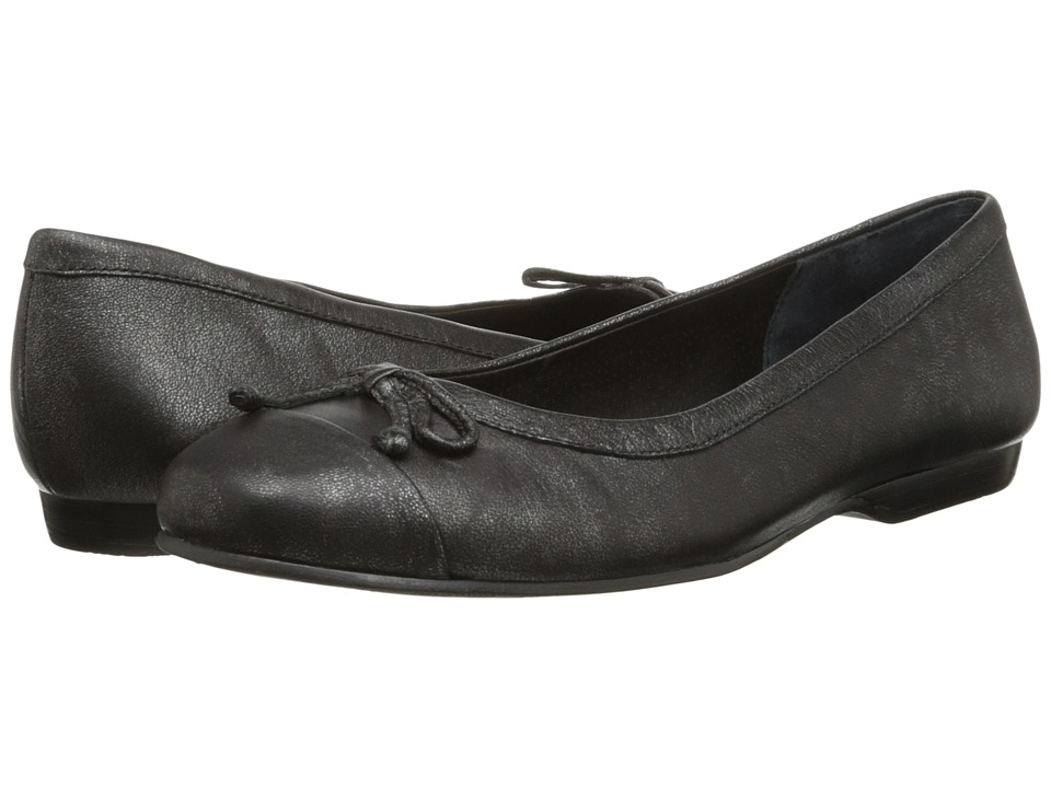 Rose Petals - Fame (Black Antique Metal) Women's Flat Shoes