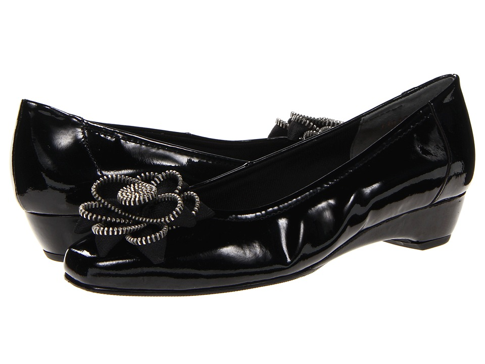 Rose Petals Bettie (Black Softy Patent) Women
