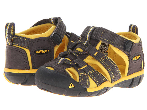 Keen Kids - Seacamp II CNX (Toddler) (Raven/Yellow) Boys Shoes