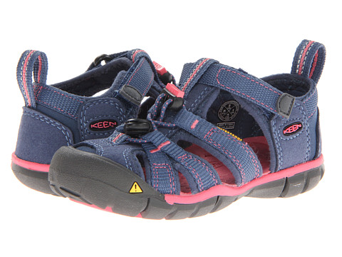 Keen Kids - Seacamp II CNX (Toddler/Little Kid) (Ensign Blue/Camellia Rose) Girls Shoes