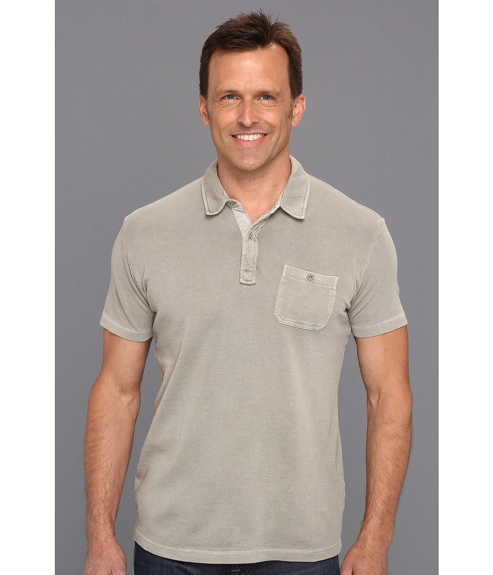 Lucky Brand One Pocket Polo Mens Short Sleeve Pullover (Khaki)