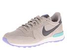 Nike Style 629684-003