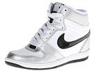 Nike Style 629746-100