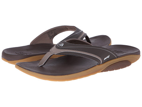 Reef - Stinger (Dark Brown/Tan) Men's Sandals
