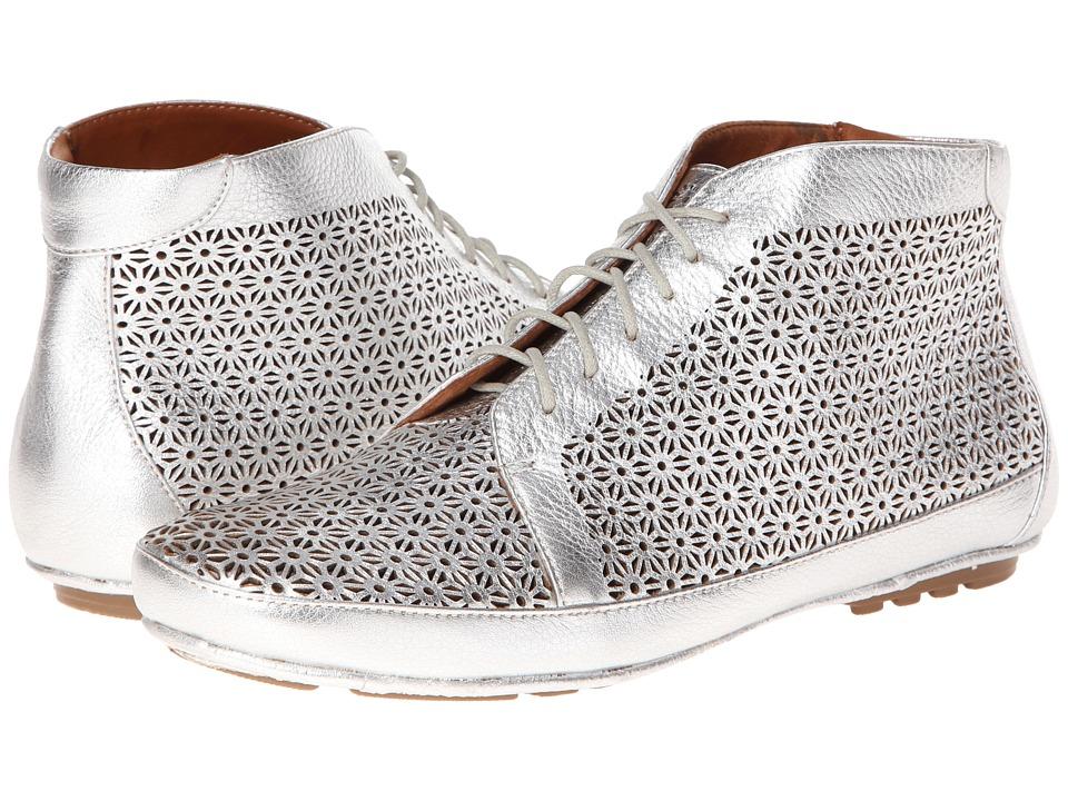 Gentle Souls - Sole Cute (Silver Metallic Lamba) Women's Shoes