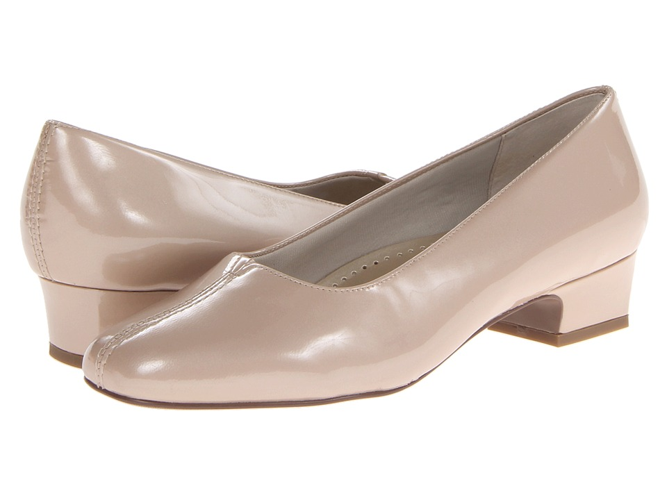 Trotters - Doris Pearl (Light Nude Pearlized Patent Leather) Women