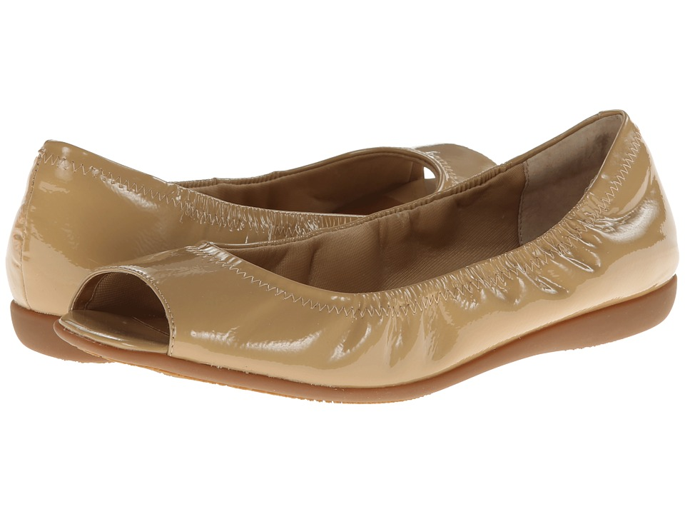 Trotters Morgan (Nude Crinkle Patent Leather) Women