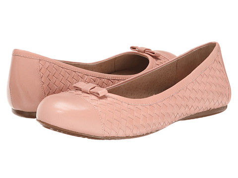SoftWalk - Naperville (Pale Pink) Women's Flat Shoes